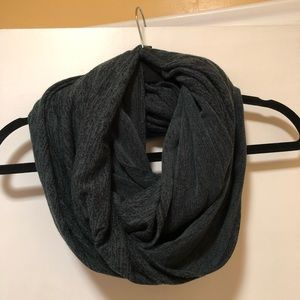Wilfred Free Wrap Scarf